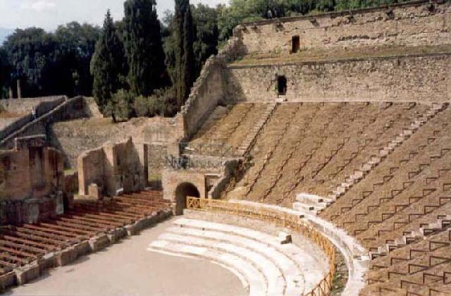 external image pompeya_teatro.jpg