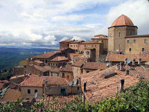 Volterra, una ciudad italiana de altura