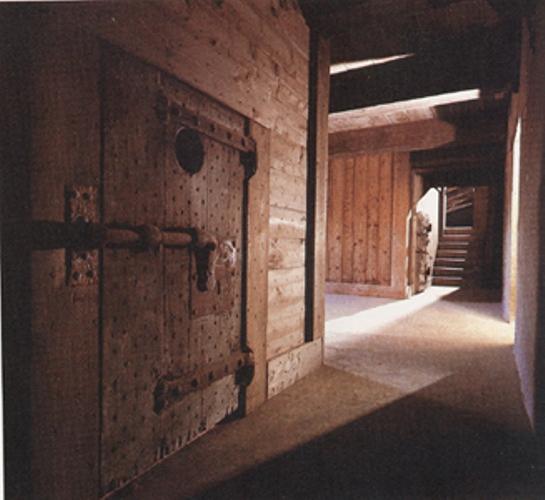 http://sobreitalia.com/wp-content/uploads/2008/11/carcel-palacio-ducale.jpg