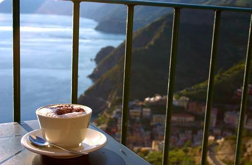 Tomando un café en Italia