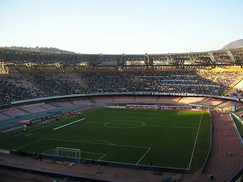 Estadio San Paolo, fútbol en Nápoles