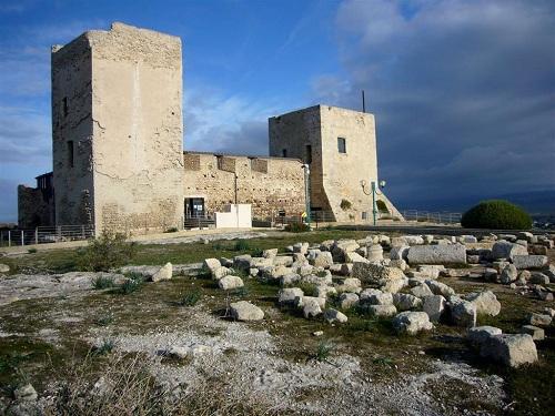Castillo de San Michele, fortaleza medieval