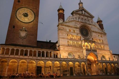Cremona: arquitectura medieval en Lombardía