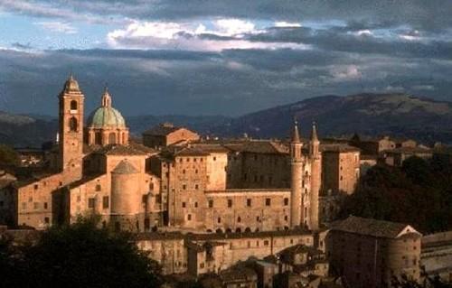 El centro de Urbino: Patrimonio de la Humanidad