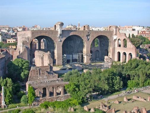 Basilica de Majencio y de Constantino