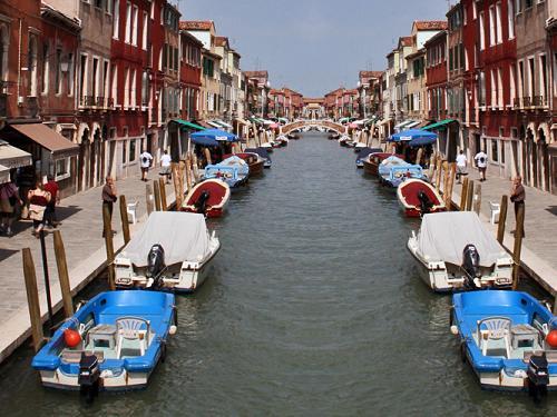 Venecia y cinco lugares turísticos