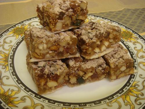 Panforte, postre con frutos secos de Siena