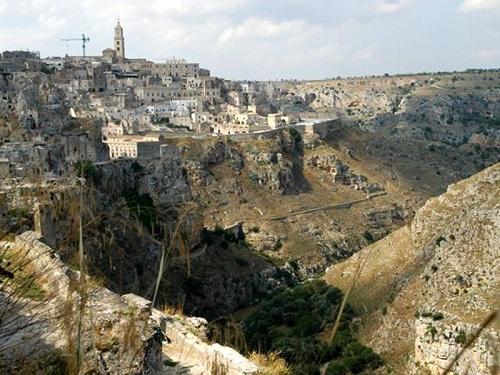 iglesias y monasterios en Matera
