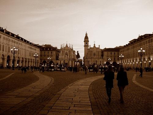 De paseo por las plazas de Turín, Piamonte