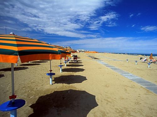 Descansar en las playas de Rimini