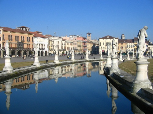 Hotel Wallart en Prato, región de Toscana