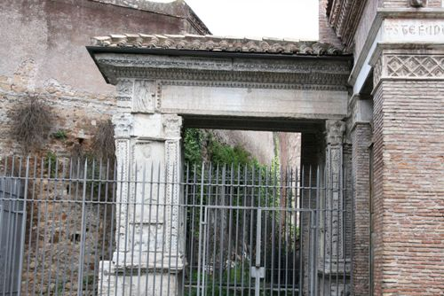 Arco de los Argentarios