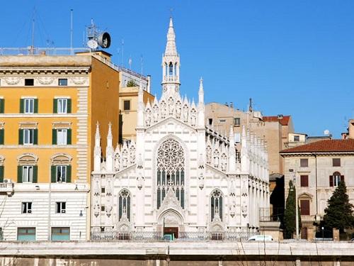 Iglesia del Sagrado Corazón del Sufragio en Roma